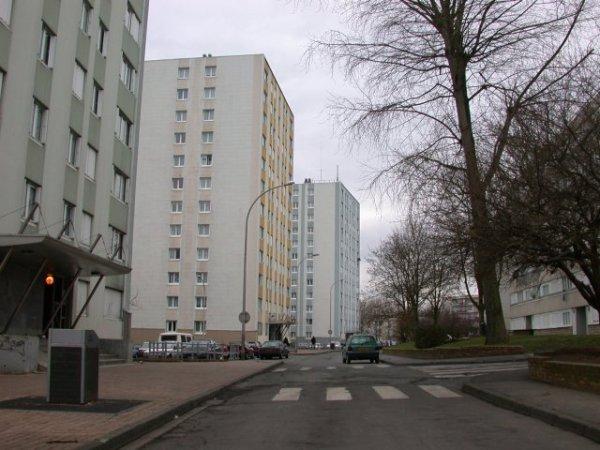 Blog de oise60bloc page 20 quartiers blocs cit s oise for Piscine nogent sur oise