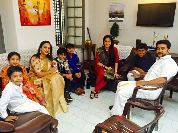 Suriya Jyothika Diya Dev @ Vizag during Singam3 shoot