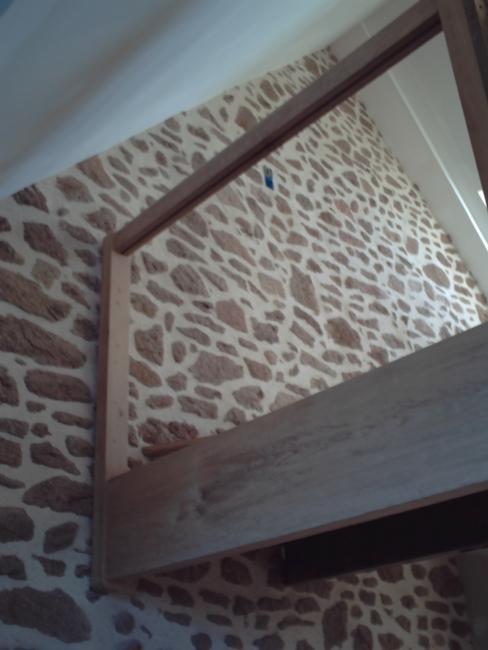 Piquage d 39 un mur et rejointement de la pierre l for Platrer un mur interieur