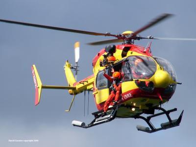 1er helicoptere de pompier le dragon 28 blog de pompier71. Black Bedroom Furniture Sets. Home Design Ideas