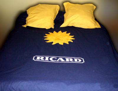 un ricard sinon rien fash 39 one tee shirt top fashion. Black Bedroom Furniture Sets. Home Design Ideas