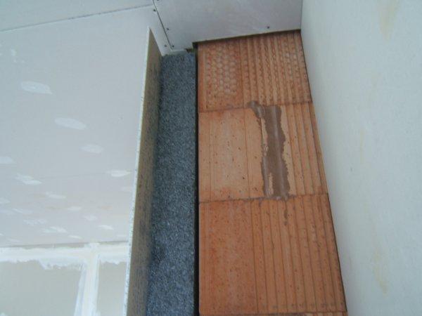 rupture de pont thermique au niveau des murs interieur plus en contact entre la dalle et mur. Black Bedroom Furniture Sets. Home Design Ideas
