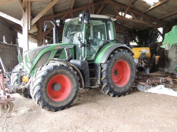 fendt 514 tracteur neuf de mon maitre de stages.