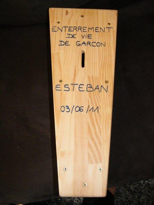 enterrement vie de gar on blog de 24 septembre 2011. Black Bedroom Furniture Sets. Home Design Ideas