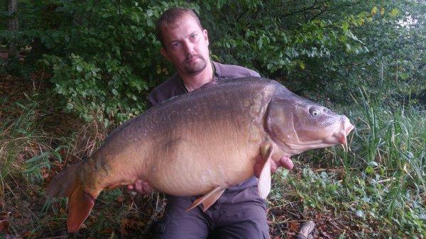 Pêche rapide avec les nouvelles bouillettes. 19kg100 en grand lac