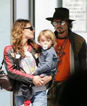 Vanessa Paradis : Johnny Depp, pourquoi il ne voulait pas l'épouser | Non Stop People