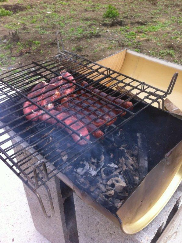 Recyclage barbecue de chantier la grange de neuville - Barbecue en parpaing ...