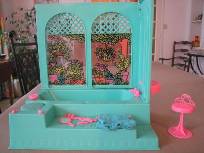 salle de bains barbie ann es 70 blog de bella de mon enfance. Black Bedroom Furniture Sets. Home Design Ideas