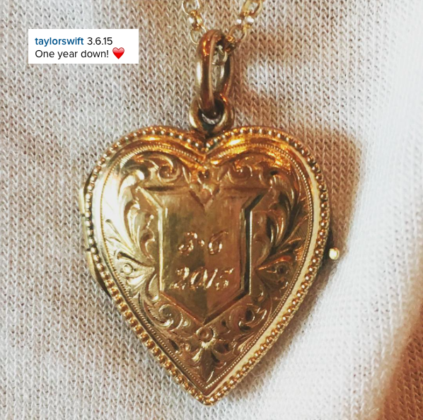 06/03/16 - Photoshoot . Candids . News . Twitter . Magazine. Soir�e . Vid�o . Interview . Concert . Tumblr . Instagram . Taylor a post� une photo sur Instagram d'un joli pendentif grav� � la date d'anniversaire du couple Taylor/Calvin Harris.