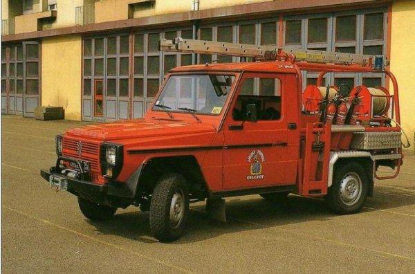 un P4....en service aux Usines Peugeot