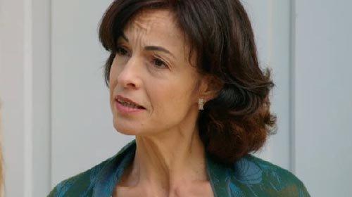 Mme Sylvianne Dantin (Laurence Bréheret)