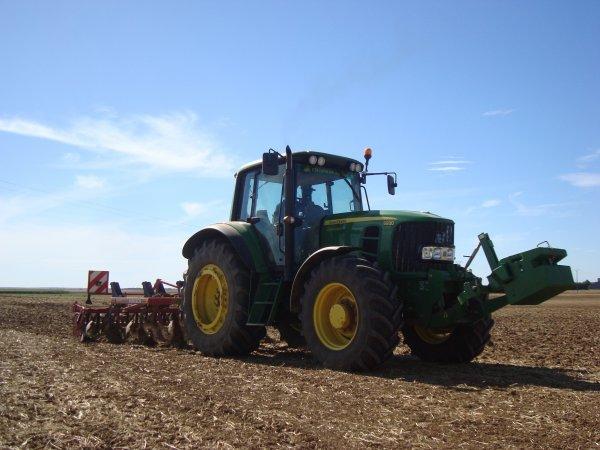 Pr�paration des terres � colza 2012 dans le 45