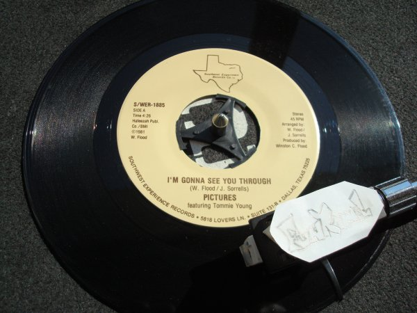 "PICTURES  featuring TOMMIE YOUNG ""i'm gonna see you through""..7"" .........TERRIBLE!!!!!!"