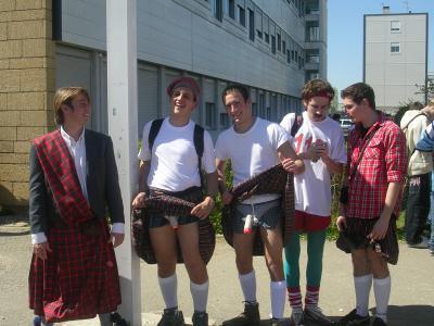 rencontre gay ado belgique à Saint-Brieuc