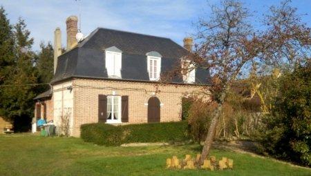 Maison Grand T5 + Nombreuses Dépendances sur 2100 m2 (à voir absolument !).