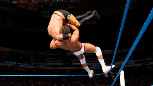 Over the Limit : Christian bat Cody Rhodes