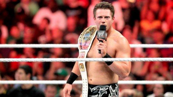 1000éme de Raw: Christian contre The Miz (miz nouveaux champion intercontinental)