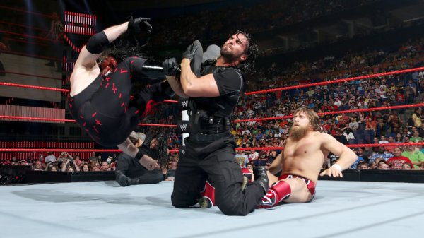 Extreme Rules 2013: Roman Reigns & Seth Rollins bat Team Hell No