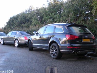 Audi Q7 V12 + Bentley Continental flying spur