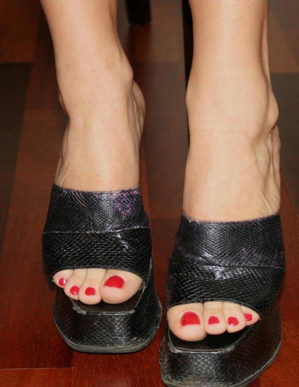 pieds féminins morges