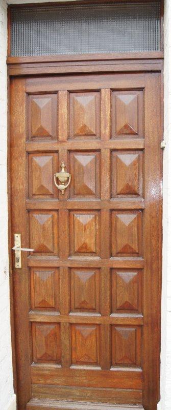 Ouvre moi ta porte bout du monde mais quel - Ouvre moi ta porte pour l amour de dieu ...