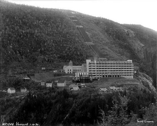 Fus�e V2 et charge Nucl�aire ? Derni�re nouvelle usine nucl�aire inexplor� 75 hectares d�couvert en Autriche
