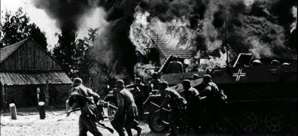 Vendredi 1er septembre 1939 4h30 au matin l'Allemagne attaque la Pologne , c'est le d�but de la seconde guerre mondiale