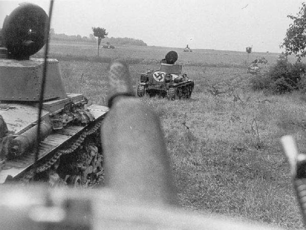 2 - L'avance vers varsovie : La petite Pologne r�siste h�roiquement.