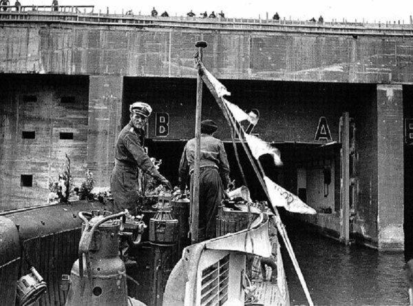 Chapitre 2 La bataille de l'Atlantique du 1er septembre 1939 au 8 mai 1945. Les loups des mers � l'assaut des convois .