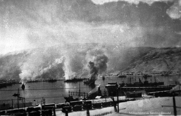 Chapitre 4-  Campagne de Norvège et du Danemark , opération Weserubung du 9 avril 1940 au 10 juin 1940 , l'ogre nazi mange l'Europe .