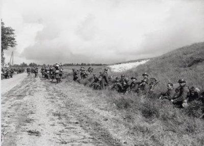 2- L'armée française à la veille de Fall Gelb .