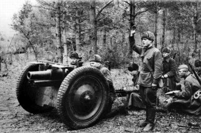 7- Le manque de temps et l'impréparation de l'Armée Rouge . L'entêtement de Staline .