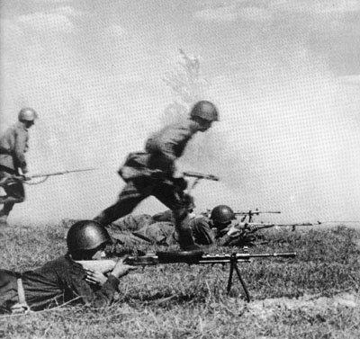 13- Réserves générales du commandement suprême des forces armées Soviétiques ( STAVKA ) 22 juin 1941.