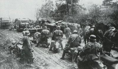 19 - Secteur Nord : Le pont de Dunaburg , l'audacieux raid éclair du 56e Corps d'armée Motorisé Manstein. Du 22 au 26 juin 1941.