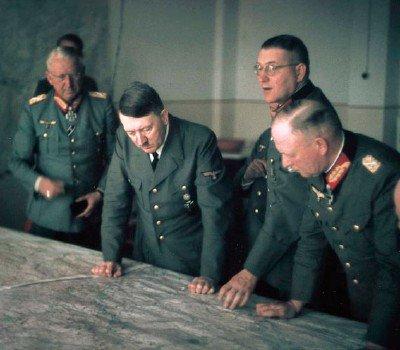 51 / 7 - La colère et le refus de Hitler, le face à face Hitler - Guderian . 20 décembre 1941.