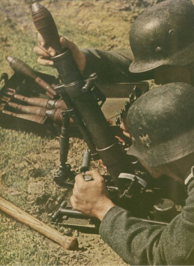 69 - De la Volga à Stalingrad . Echec à Hitler 330.000 hommes encerclés.