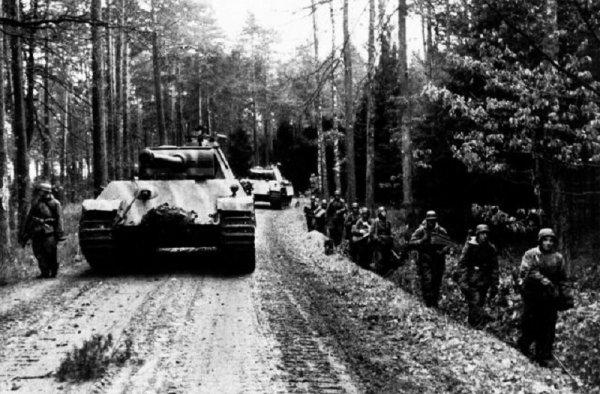 133 - Sur les Rives de l'Oder 3 - Joukov force le verrou de Seelöw , la ruée sur Berlin.