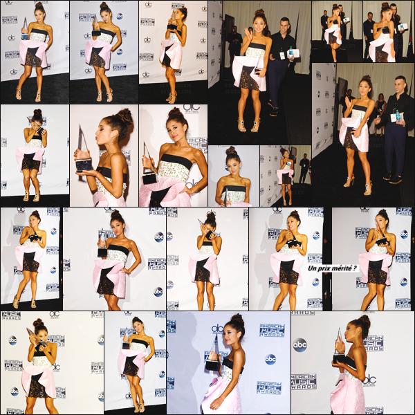 """''""""""""22.11.15'"""" ─ Ariana a pos� sur le black carpet des � American Music Awards � se d�roulant � Los Angeles. Ce soir-l�, Ariana a �bloui le public tant par sa beaut� que par son talent. En effet, elle a chant� pour la premi�re fois en live son titre phare : Focus ! [/alig fen]"""