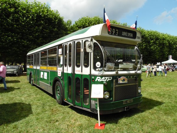 SAVIEM LIGNE 323 SERVISE SPECIAL (RATP)