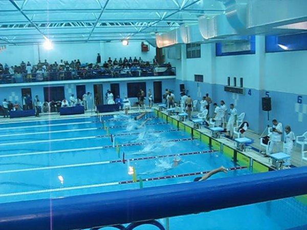 La piscine olympique d 39 oran blog de evil white demon for Piscine olympique