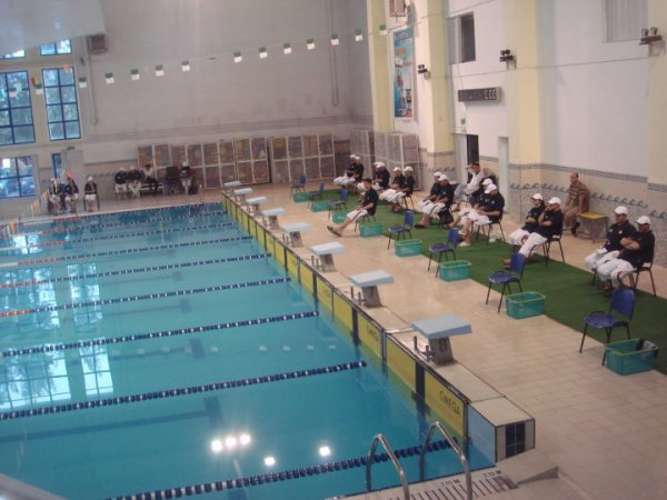 La piscine d 39 alger de bab ezzouar blog de evil white demon for Piscine algerie