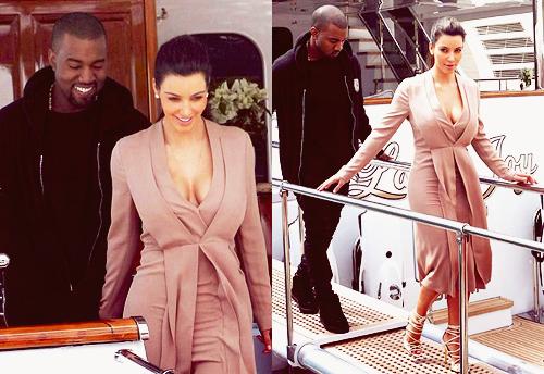 22\05\12 Kim Kardashian c'est rendue a une soiréé sur le bateuax de P.Diddy plusieurs stars était présente comme Paris Hilton, Kelly Brook...