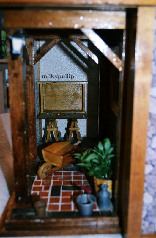 ma jolie maison miniature atlas chalet le monde de mes pullip et des dolls. Black Bedroom Furniture Sets. Home Design Ideas