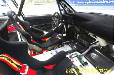 Ford focus wrc rallye de l 39 est for Interieur wrc