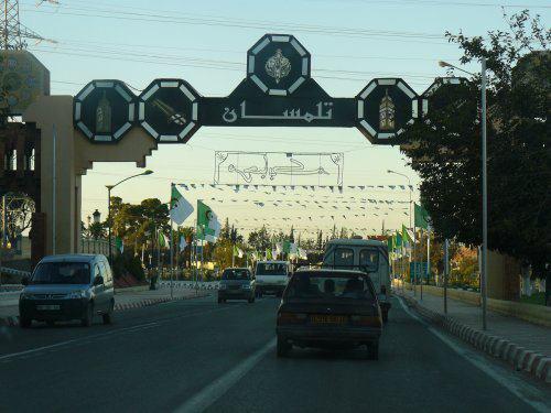 L'entr�e de la ville de Tlemcen