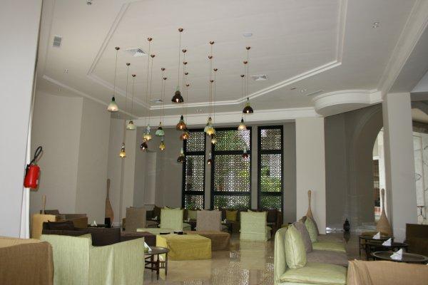 D coration salon haut plafond for Deco cuisine haut plafond