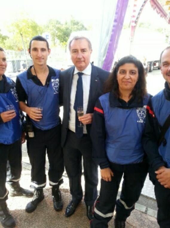 Visite du maire de Toulouse sur le poste de secours