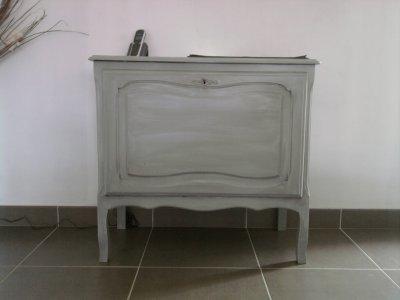 Relooking de vieux meubles notre maison st ben for Peinture blanche pour meuble