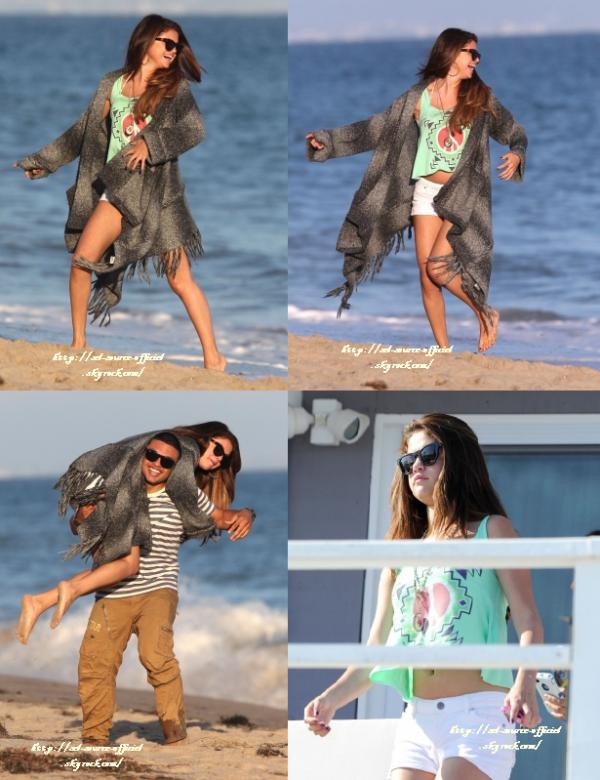 3/07/12 Selena sortant d'un Starbucks hier a L.A