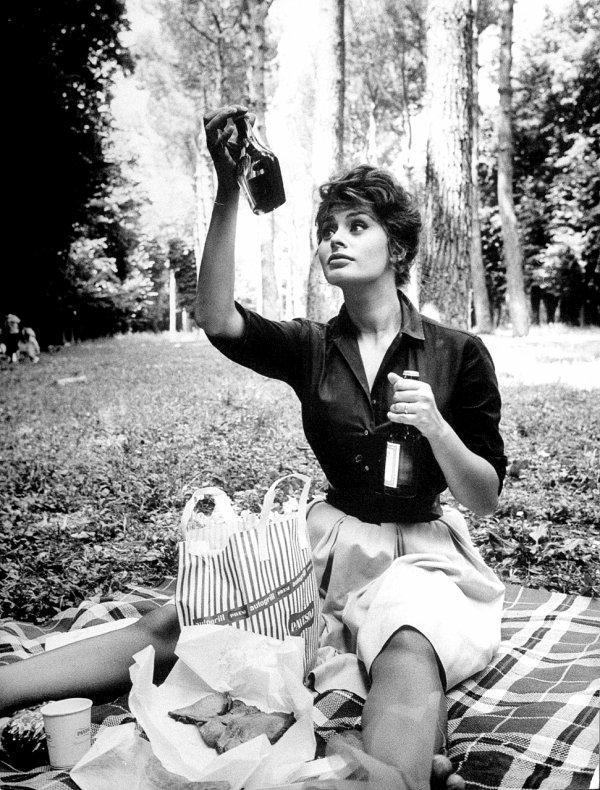 """""""Pourquoi ne pas profiter imm�diatement des plaisirs ? Combien d'instants de bonheur ont �t� g�ch�s par trop de pr�paration ?"""" Jane Austen"""